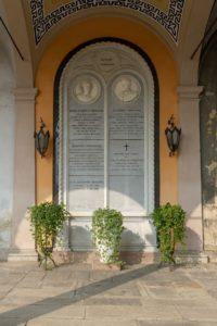 CIMITERO MONUMENTALE DI NOVARA Famiglia Faraggiana Sepolcro